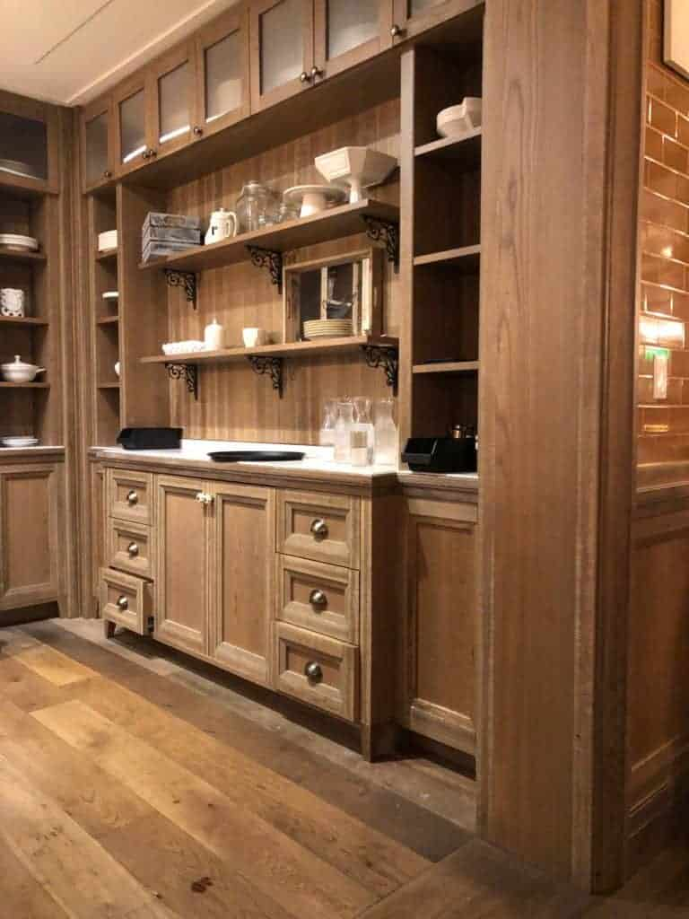 decorating inspiration from the Pantry restaurant in Las Vegas