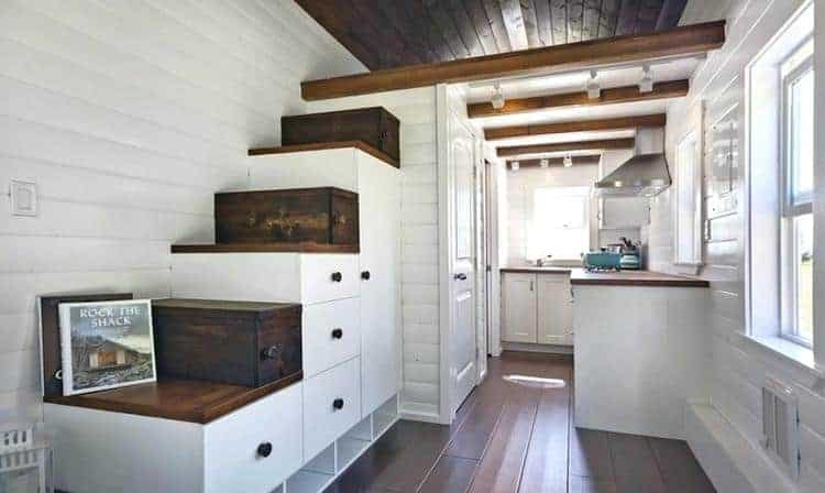 tiny house - how to make a small room feel bigger