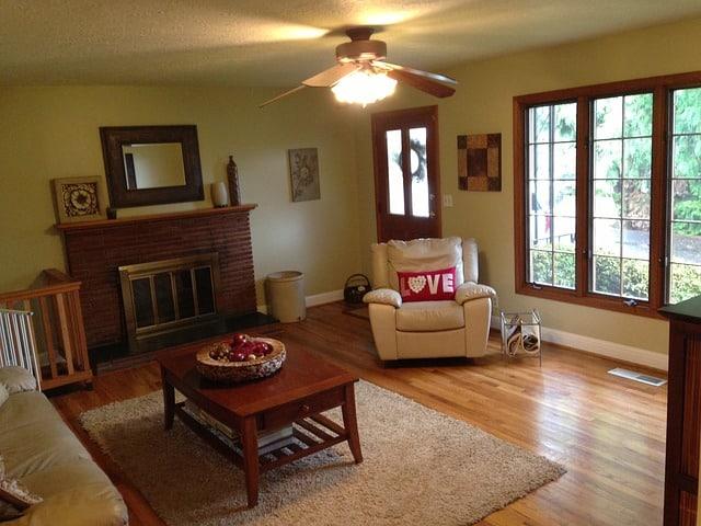 plain living room design
